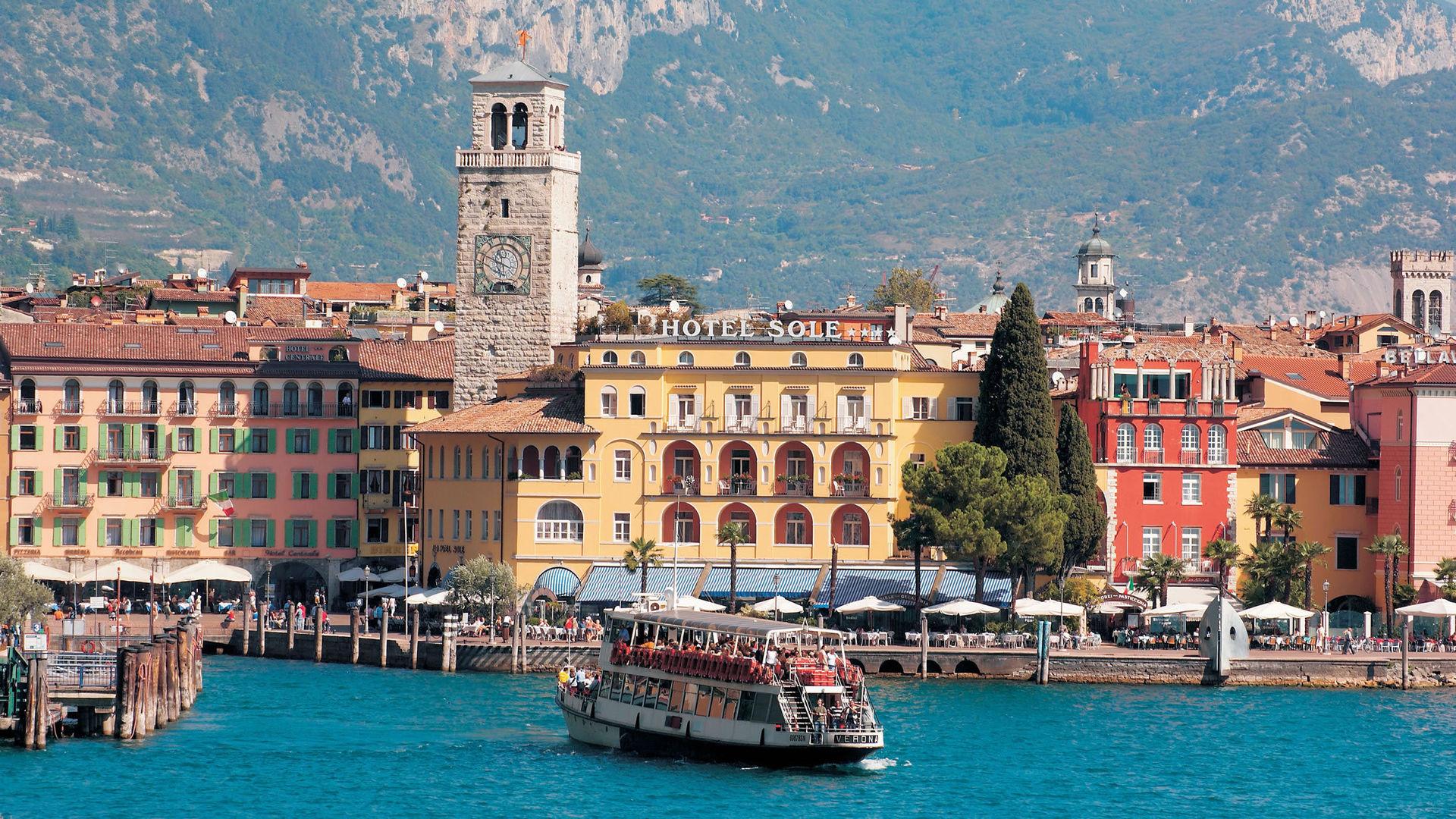 Hotel Garda Riva Del Garda Tn Italien